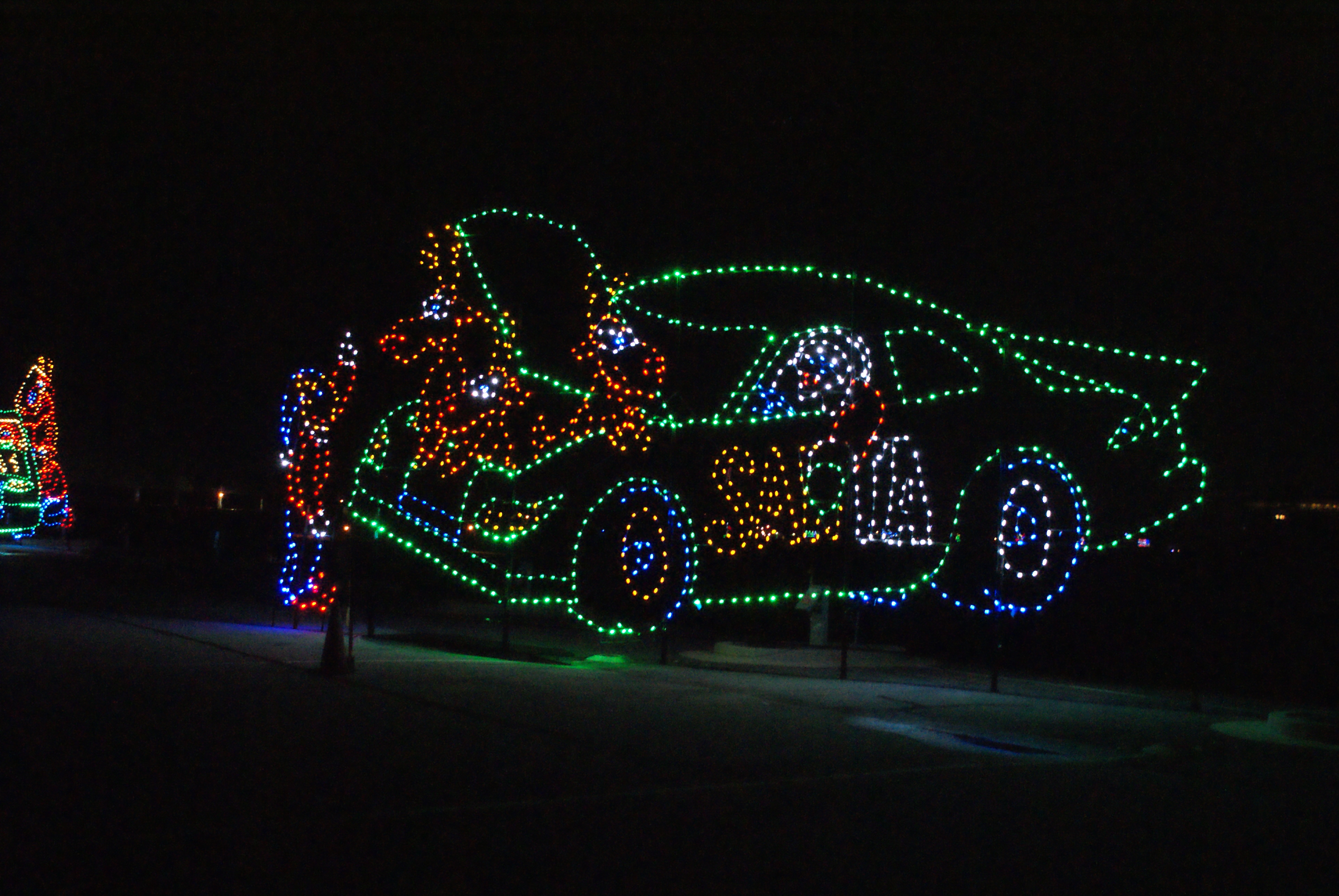 gift of lights illuminates holiday cheer at atlanta motor